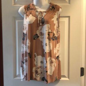 Dailia sleeveless floral tunic